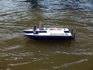 Raspberry Pi + Arduino powered boat
